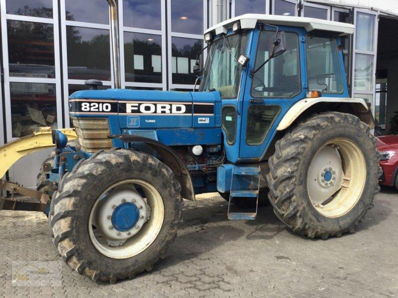 Bild Ford 8210 Allrad