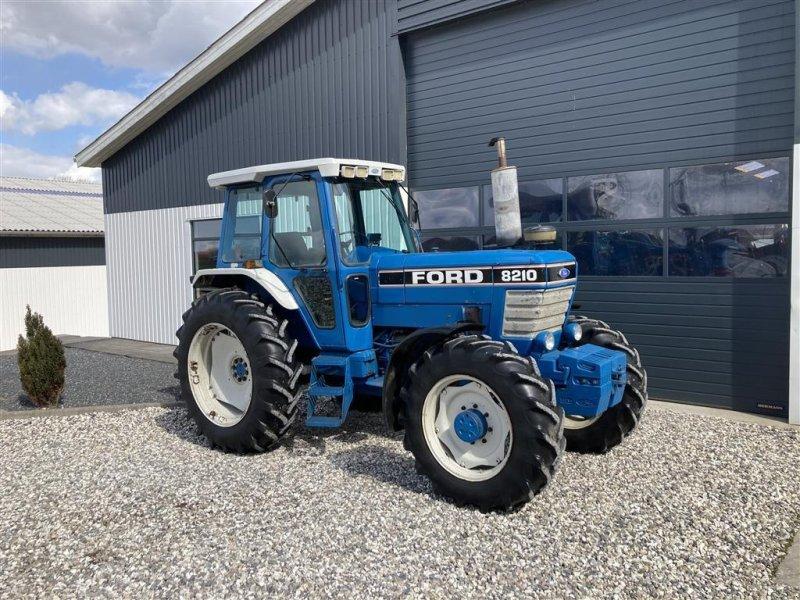 Traktor типа Ford 8210, Gebrauchtmaschine в Thorsø (Фотография 1)