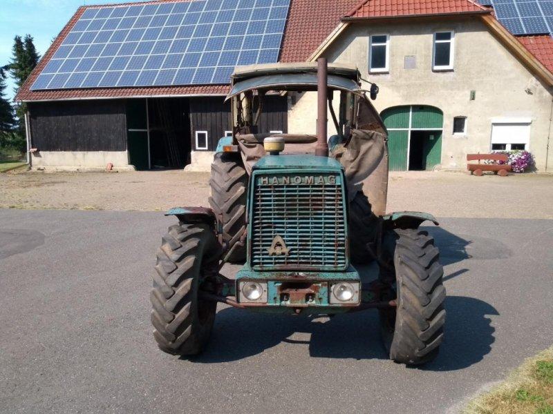 Traktor des Typs Hanomag Brilliant 701 Allrad, Gebrauchtmaschine in Honigsee (Bild 6)