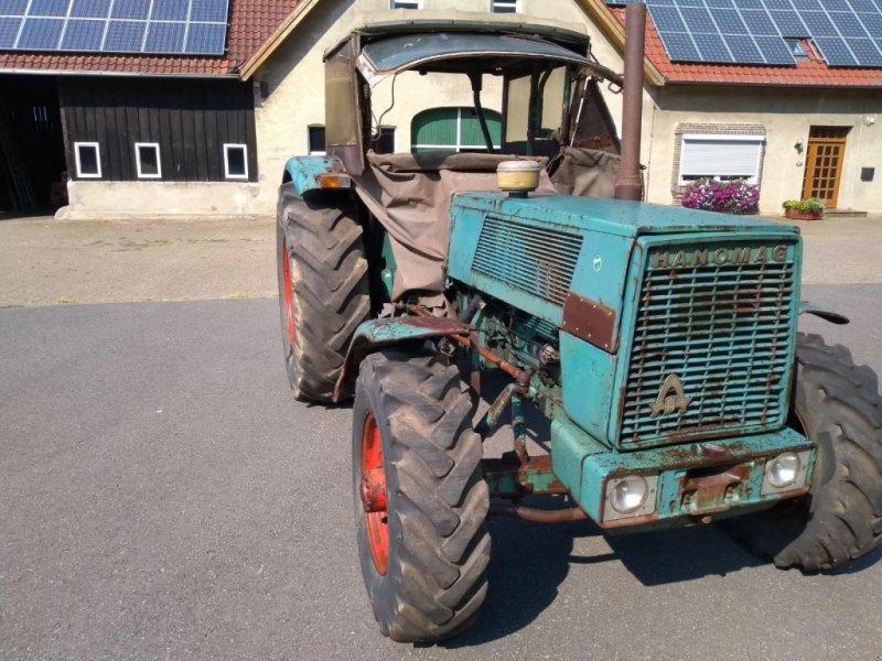 Traktor des Typs Hanomag Brilliant 701 Allrad, Gebrauchtmaschine in Honigsee (Bild 2)