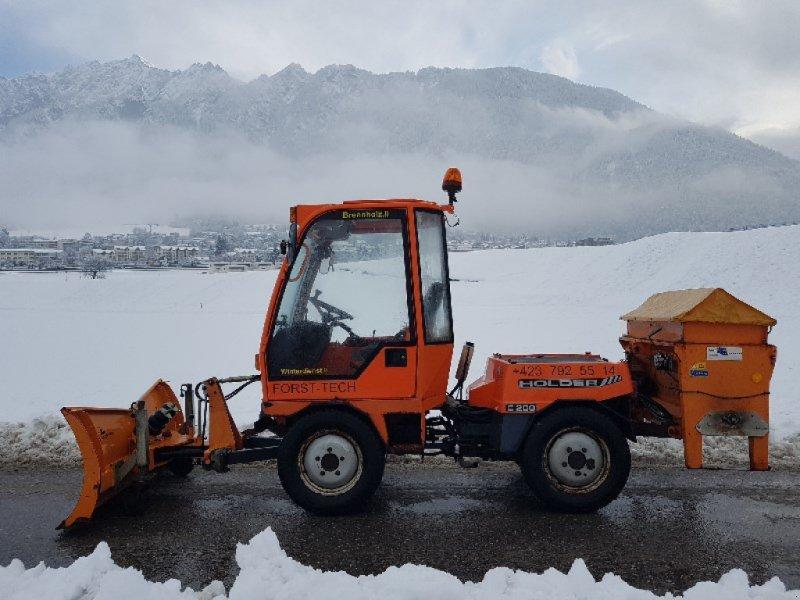 Traktor typu Holder C 240 Kommunalfahrzeug, Gebrauchtmaschine w Chur (Zdjęcie 1)