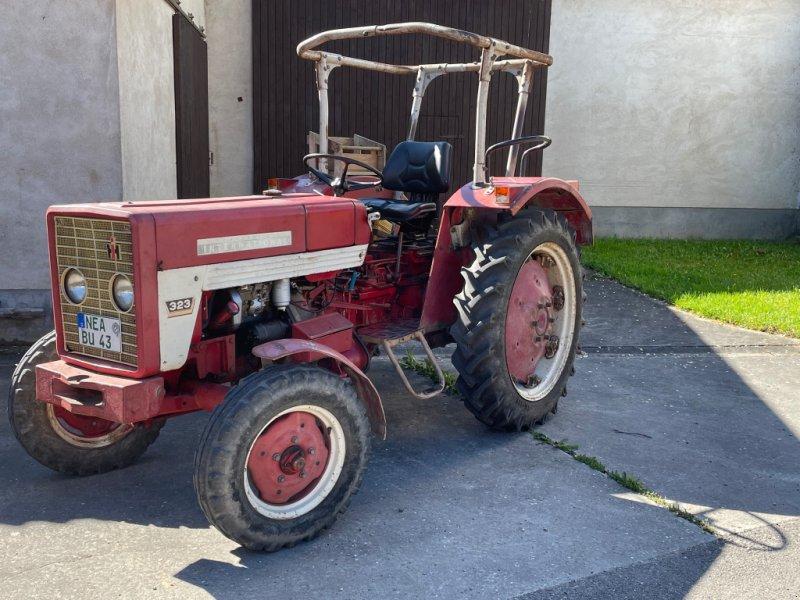 Traktor типа IHC 323, Gebrauchtmaschine в Weigenheim (Фотография 1)