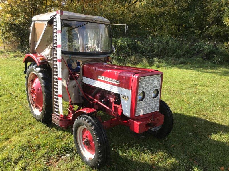 Traktor типа IHC 323, Gebrauchtmaschine в Burgthann (Фотография 1)