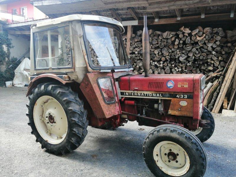 Traktor типа IHC 433, Gebrauchtmaschine в Münnerstadt (Фотография 1)