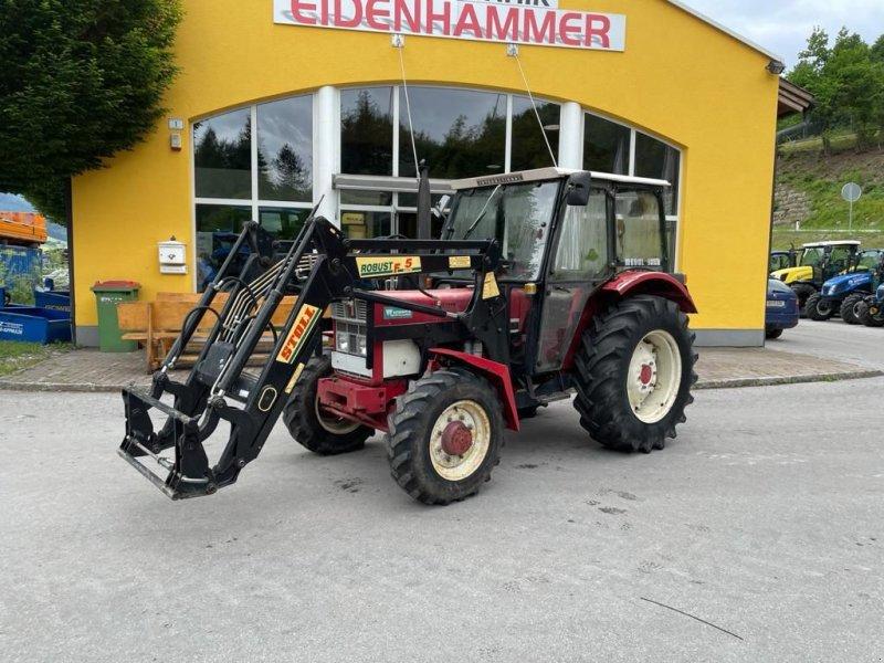 Traktor des Typs IHC 633 Allrad, Gebrauchtmaschine in Burgkirchen (Bild 1)