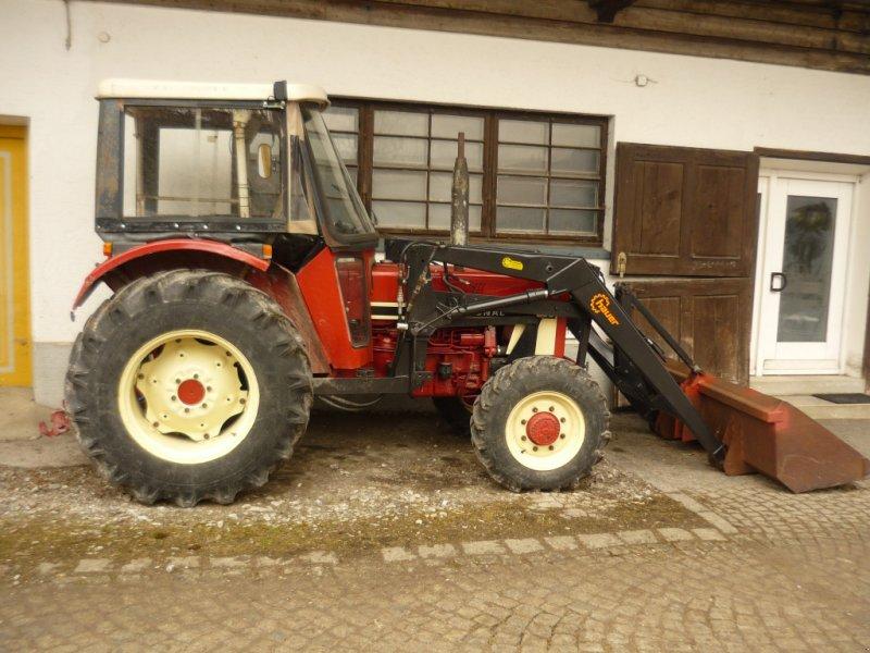 Traktor des Typs IHC 733 A, Gebrauchtmaschine in Schliersee (Bild 1)