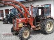 Traktor des Typs IHC 833 mit Frontlader, Gebrauchtmaschine in Mainburg/Wambach