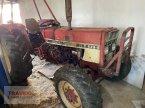 Traktor типа IHC 833H Reparaturbedürftig в Mainburg/Wambach