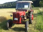 Traktor des Typs IHC D 326 in Niederstotzingen