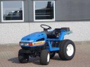 Traktor типа Iseki TU145 4wd / 0593 Draaiuren / Gazonbanden, Gebrauchtmaschine в Swifterband