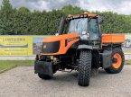 Traktor des Typs JCB 2155 in Villach