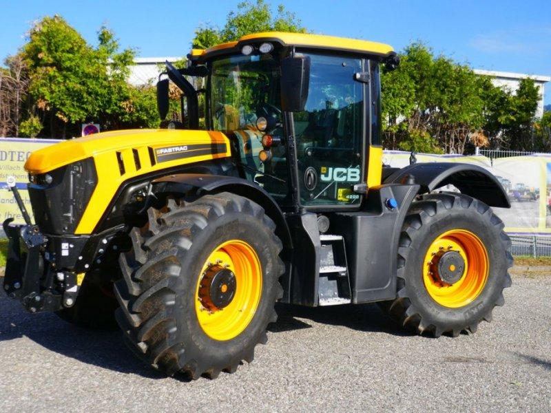Traktor des Typs JCB 4220, Gebrauchtmaschine in Villach (Bild 1)