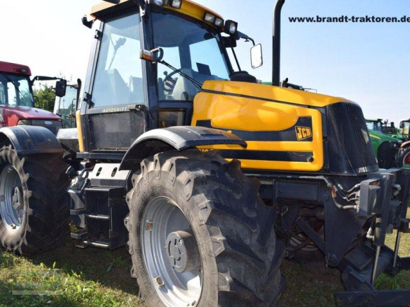 Traktor des Typs JCB Fastrac 2125, Gebrauchtmaschine in Bremen (Bild 1)