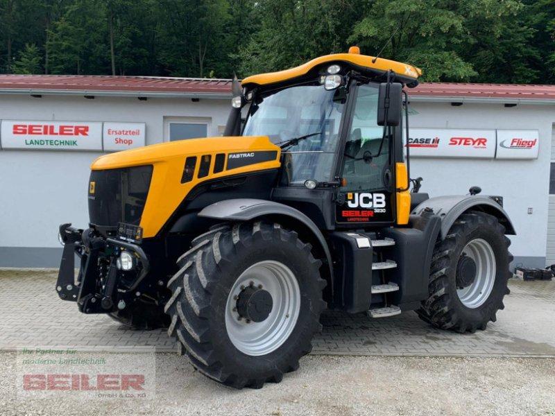 Traktor des Typs JCB Fastrac 3230 Xtra, Gebrauchtmaschine in Ansbach (Bild 1)