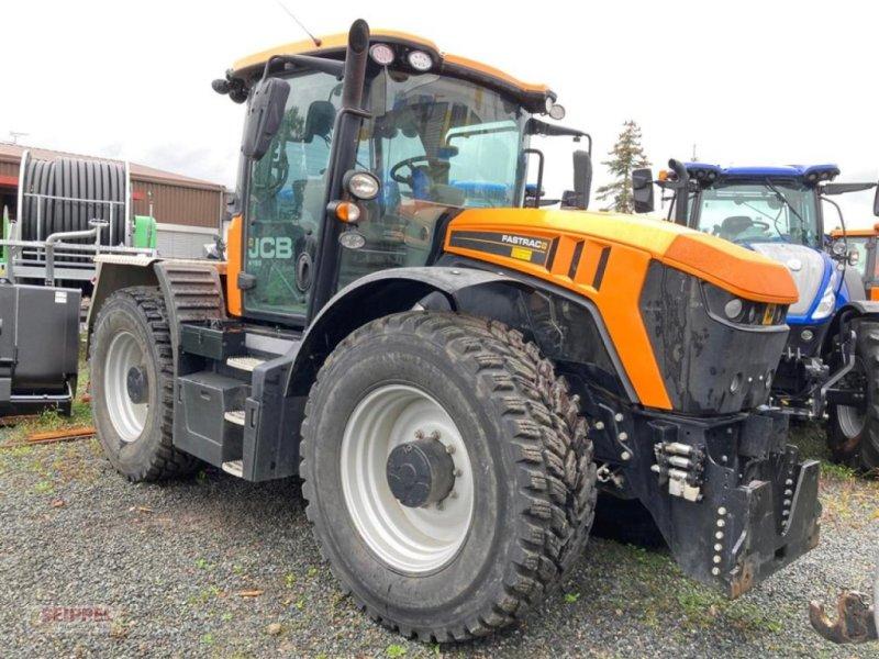 Traktor des Typs JCB FASTRAC 4190 Kommun., Gebrauchtmaschine in Groß-Umstadt (Bild 1)
