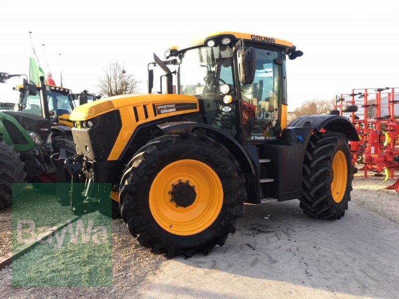Traktor des Typs JCB Fastrac 4220 mit GPS-Vorrüstung, Gebrauchtmaschine in Dinkelsbühl (Bild 1)