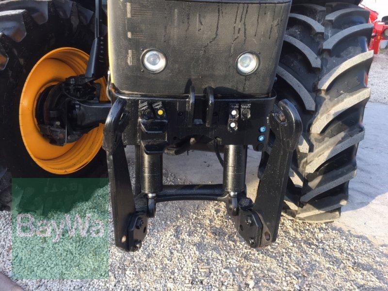 Traktor des Typs JCB Fastrac 4220 mit GPS-Vorrüstung, Gebrauchtmaschine in Dinkelsbühl (Bild 4)