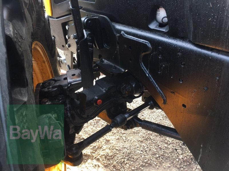 Traktor des Typs JCB Fastrac 4220 mit GPS-Vorrüstung, Gebrauchtmaschine in Dinkelsbühl (Bild 11)