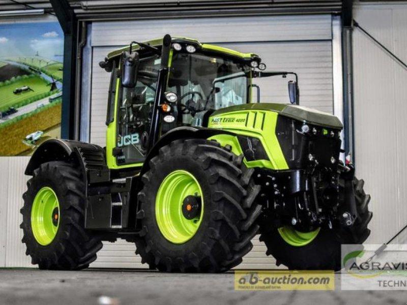 Traktor des Typs JCB FASTRAC 4220, Gebrauchtmaschine in Meppen (Bild 1)