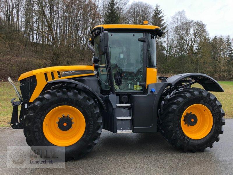 Traktor des Typs JCB Fastrac 4220, Gebrauchtmaschine in Rudendorf (Bild 1)
