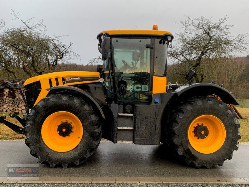 Traktor des Typs JCB Fastrac 4220, Gebrauchtmaschine in Lichtenfels (Bild 4)