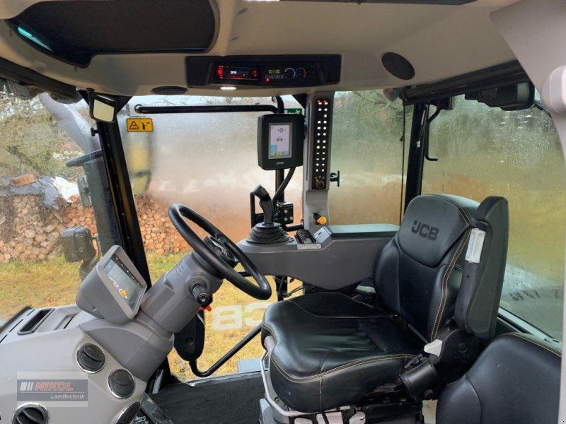 Traktor des Typs JCB Fastrac 4220, Gebrauchtmaschine in Lichtenfels (Bild 10)