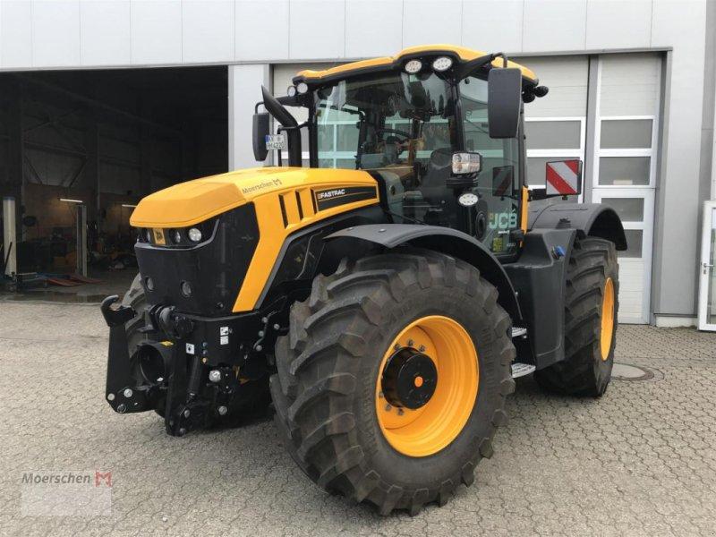 Traktor des Typs JCB Fastrac 4220, Neumaschine in Tönisvorst (Bild 1)