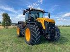 Traktor типа JCB Fastrac 4220 в Treuchtlingen
