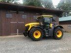 Traktor des Typs JCB Fastrac 4220 in Balkhausen