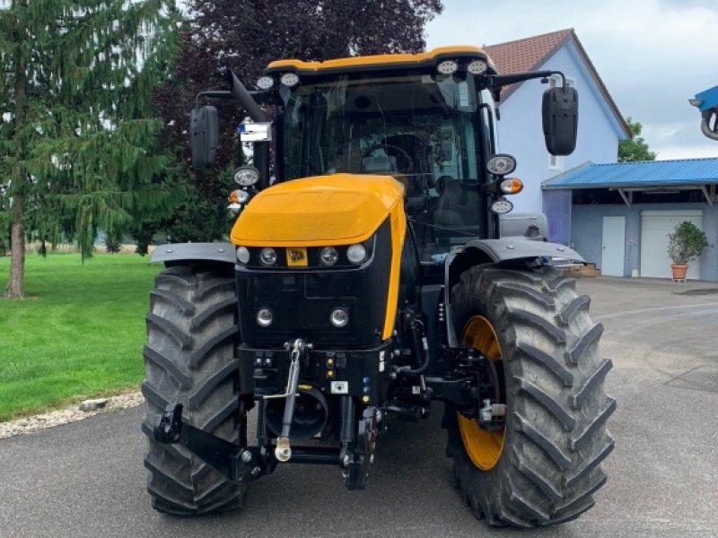 Traktor des Typs JCB Fastrac 4220, Gebrauchtmaschine in Benningen (Bild 1)