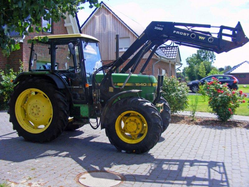 Traktor des Typs John Deere 1640 Frontlader+Niedrigkabine, Gebrauchtmaschine in Kutenholz (Bild 1)
