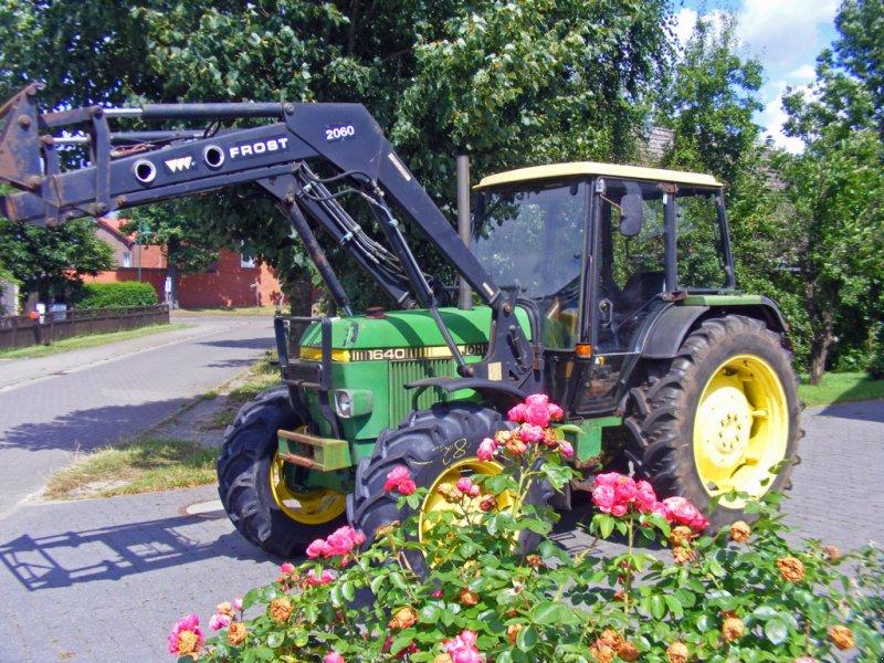 Traktor типа John Deere 1640 Frontlader+Niedrigkabine, Gebrauchtmaschine в Kutenholz (Фотография 1)