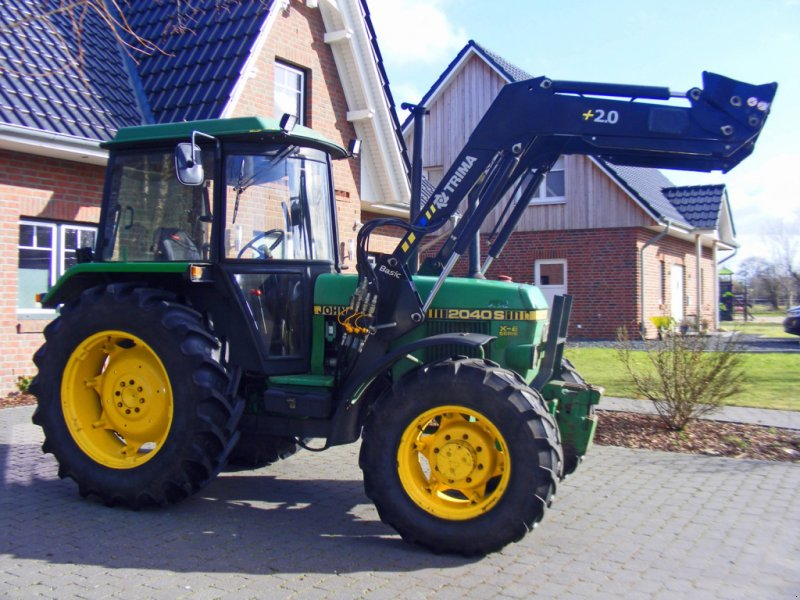 Traktor des Typs John Deere 2040+ Frontlader, Gebrauchtmaschine in Kutenholz (Bild 1)
