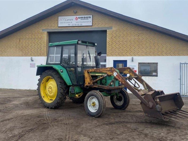 Traktor typu John Deere 2130 Med frontlæsser, skovl og greb, Gebrauchtmaschine w Dronninglund (Zdjęcie 1)