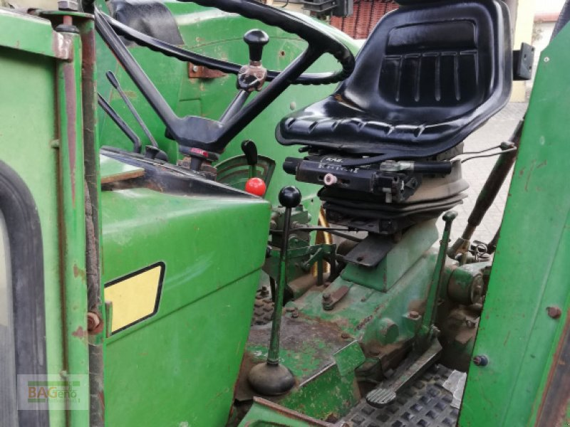 Traktor des Typs John Deere 2130, Gebrauchtmaschine in Bad Mergentheim (Bild 4)