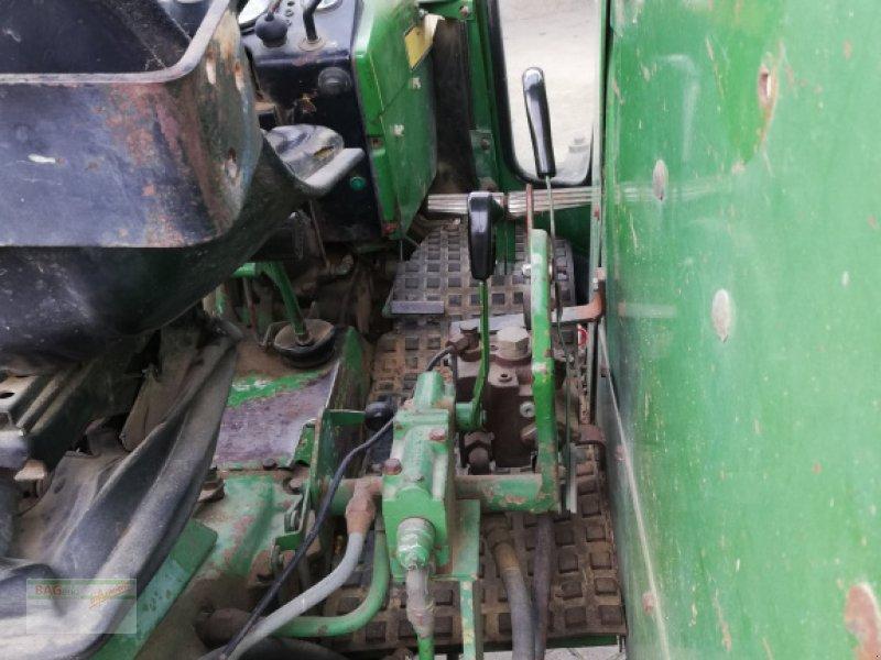 Traktor des Typs John Deere 2130, Gebrauchtmaschine in Bad Mergentheim (Bild 5)
