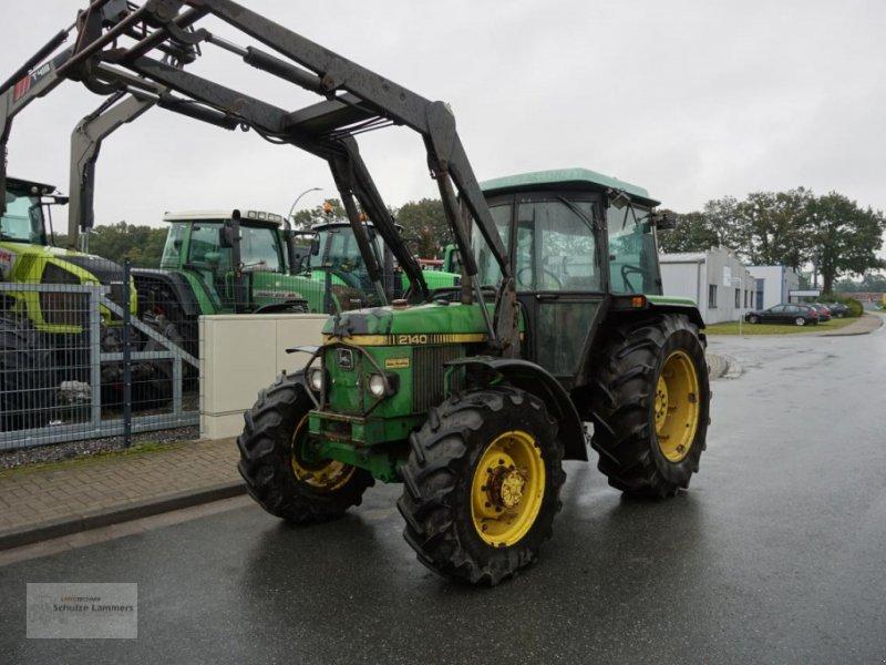 Traktor des Typs John Deere 2140 Allrad mit Frontlader, Gebrauchtmaschine in Borken (Bild 1)