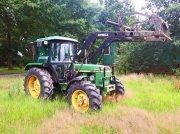 Traktor типа John Deere 2140 Frontlader+Druckluft, Gebrauchtmaschine в Kutenholz