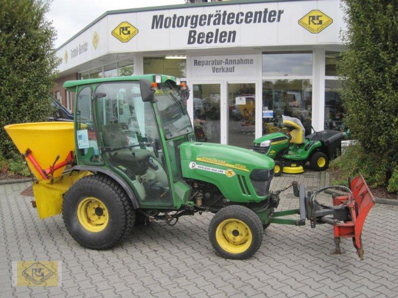 Traktor des Typs John Deere 2520, Gebrauchtmaschine in Beelen (Bild 1)