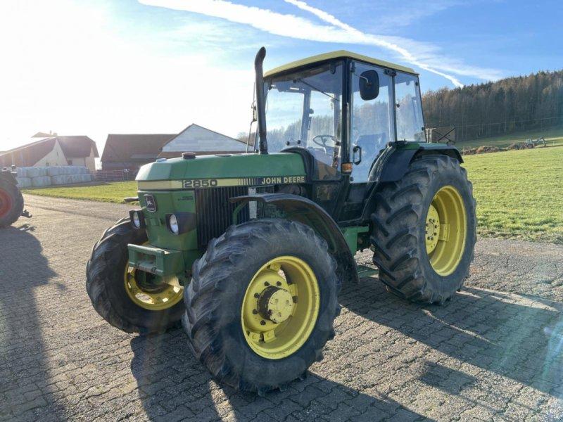 Traktor des Typs John Deere 2850, Gebrauchtmaschine in Steinau  (Bild 6)