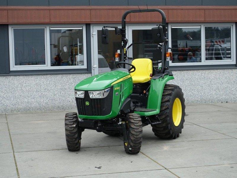 Traktor a típus John Deere 3038e 4wd HST / 0001 Draaiuren / Actieprijs, Gebrauchtmaschine ekkor: Swifterband (Kép 1)