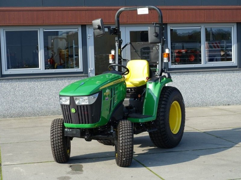 Traktor типа John Deere 3038e 4wd HST / 0001 Draaiuren / Actieprijs, Gebrauchtmaschine в Swifterband (Фотография 1)