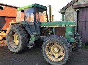 Traktor du type John Deere 3040, Gebrauchtmaschine en HOUPLINES