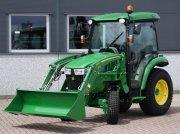 Traktor типа John Deere 3045R / 0003 Draaiuren / Vooralder, Gebrauchtmaschine в Swifterband
