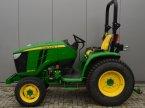 Traktor типа John Deere 3045r в Marum