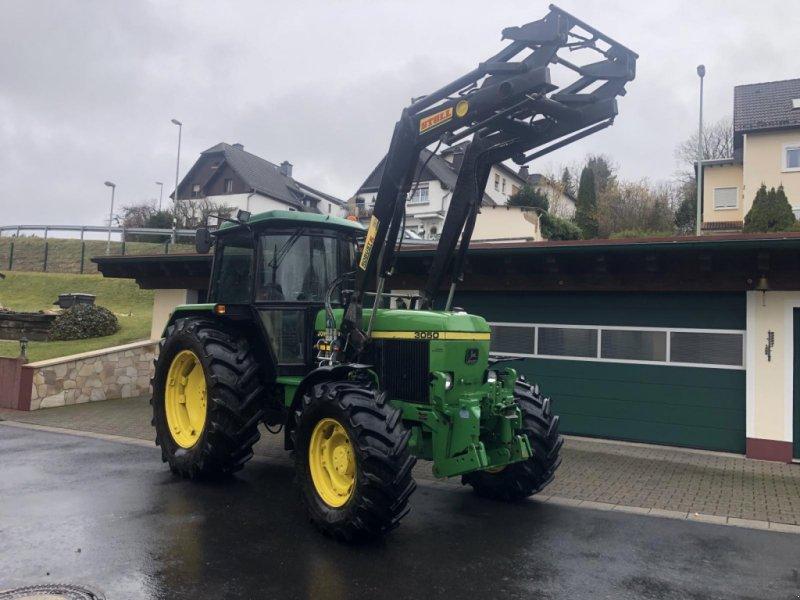 Traktor des Typs John Deere 3050 AS Allrad wie 2850 3350 Frontlader Druckluft Fronthydraulik 40 km/h TÜV, Gebrauchtmaschine in Niedernhausen (Bild 1)