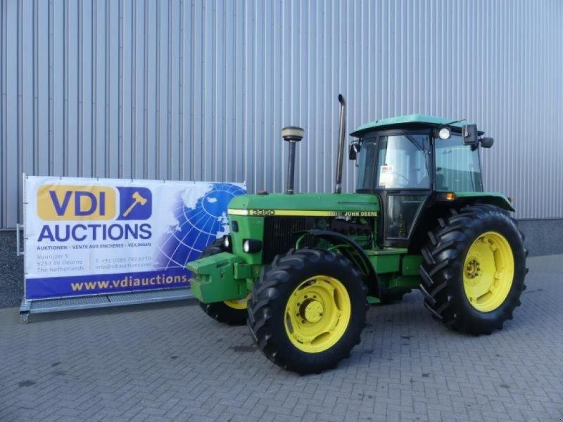 Traktor des Typs John Deere 3350 4WD, Gebrauchtmaschine in Deurne (Bild 1)