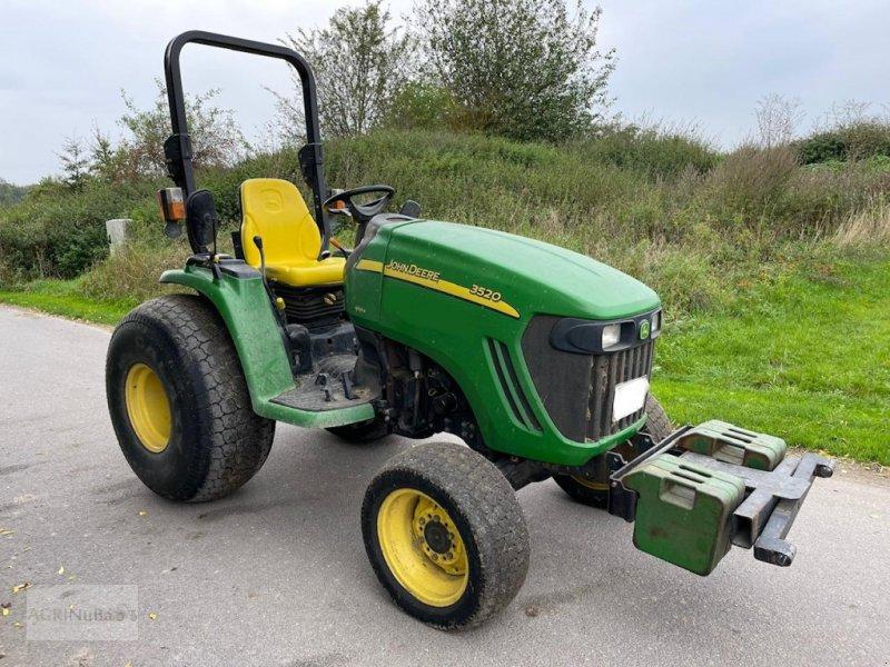 Traktor des Typs John Deere 3520, Gebrauchtmaschine in Prenzlau (Bild 1)