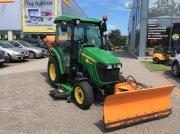 John Deere 3520 Traktor