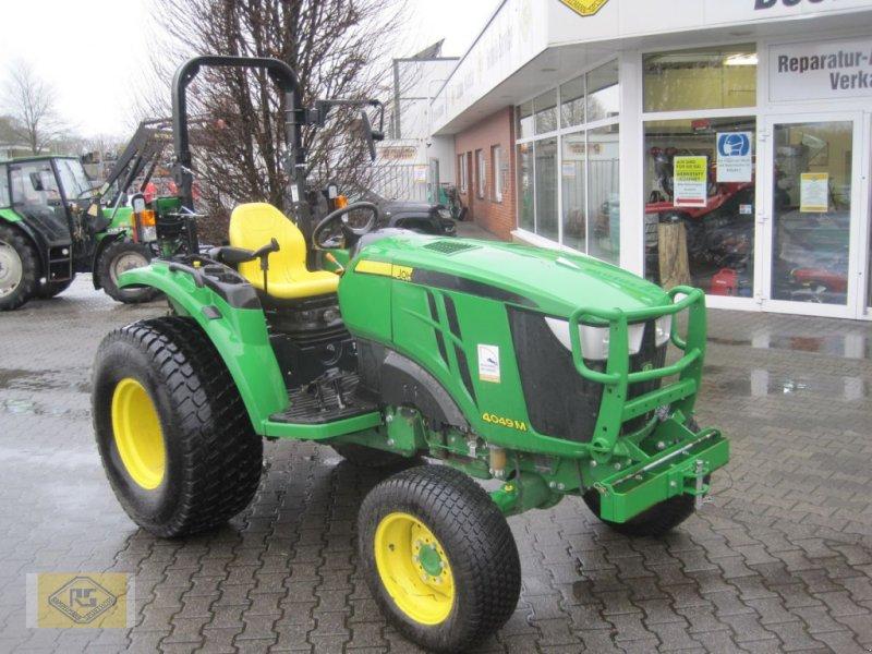 Traktor tipa John Deere 4049M, Gebrauchtmaschine u Beelen (Slika 1)